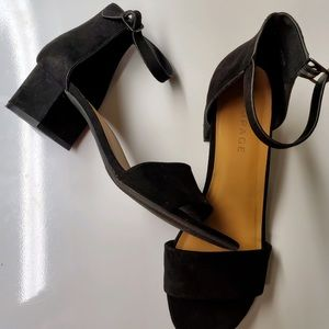 "Rampage black sandals. Heels are 21/4"" Size 9 1/2"